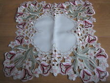 New Vintage Flower Crochet Table centra Cloth/Tray Cloth/Placemat 38 x 38 cm