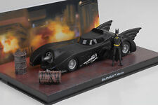 Movie Car Batman Batmobil TV Serie Series mit Figur with figure Modell 1:43