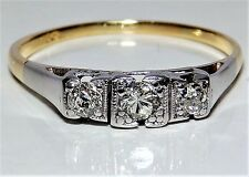 A FINE ART DECO 18CT YELLOW GOLD .15CT DIAMOND 3 STONE ENGAGEMENT RING