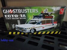 AMT GHOSTBUSTERS Ecto-1 1:25 AMT750