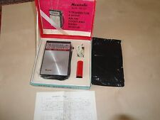 VINTAGE NANAOLA AM FM TRANSISTOR RADIO IN THE BOX--MINT--