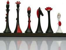 Scacchi Modigliani style by Nigri Scacchi