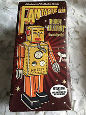Retro Cardboard Box for Lilliput Robot