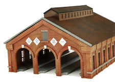 Tomytec (Building 122) 3 Track Brick Engine House 1/150 N scale