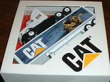 Caterpillar Cat Mural Dozer '96 Winross Truck