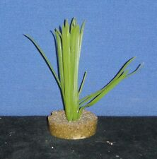 Grass Aquarium Plastic Plant on Weighted Sand & Resin Base - NEW (DL)