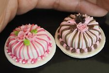 2 BEAUTIFUL CAKES DOLLHOUSE MINIATURES FOOD BAKERY SUPPLY DECO HANDMADE CLAY