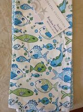 COASTAL COLLECTION TEA TOWEL 20 X 28 WHITE WITH BLUE AND GREEN FISH NWT