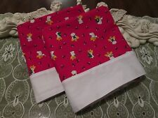 COUNTRY COTTAGE SET OF 2 CHRISTMAS HOLIDAY BEAUTIFUL ANGELS & HOLLY PILLOWCASES