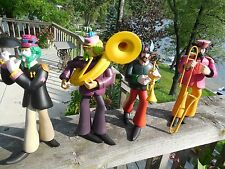 c2000 MCFARLANE THE BEATLES SGT PEPPER BAND YELLOW SUBMARINE  ACTION FIGURES