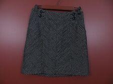 SK02752- ANN TAYLOR Women Cotton Mini Skirt Black White Geo Pockets Button Sz 2P