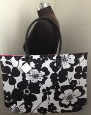 White Black  Floral Weekender Tote Carry All from Macy's XL GWP NEW NNN