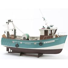 "Brand new model ship kit by Billing Boats: the ""Boulogne Etaples"" Stern Trawler"