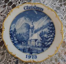 DRESDEN GERMANY LIMITED EDITION CHRISTMAS 1973 PLATE, BLUE & GOLD