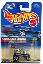 1999 Hot Wheels #837 Radio Flyer Wagon