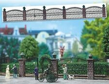 Busch 6016 Iron Fence with Gate - HO Gauge  New - 1st Class Post