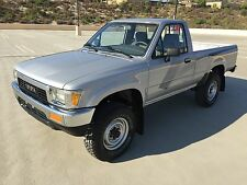 Toyota: Other 4X4 DELUXE