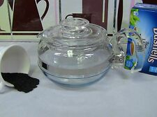 Pyrex 6 Cup Tea Pot & Lid # 8446 made in the USA and in good condition