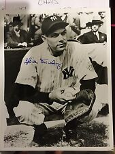 New York Yankees Catcher BILL DICKEY AUTOGRAPHED / SIGNED 8x10.