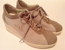 Walk Melluso  R2112  Sneakers Womens Shoes Biege Suede Size 37  Excellent