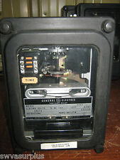 GE 12IAV51D2A Voltage Relay, 115 Volt, Used