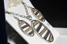BNIB wood and sterling silver wood pendant and earring set *sale*
