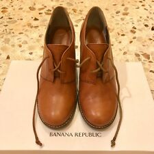 Banana Republic Lace-up Leather Oxfords Size 6