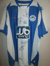 Wigan Athletic 2008-2009 Squad Signed Home Football Shirt with COA /7642