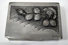 BOITE étain ciselé ART NOUVEAU signée L. RISPAL fleurs