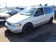 Nissan: Quest XE Van