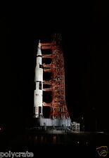 Photo Nasa - Apollo 13 Fusée Lunaire Saturne V illuminée avant décollage