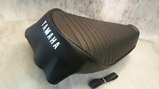 YAMAHA DT250 A-B-C & DT360A / 400 B-C-1974/76 UK MODEL SEAT COVER & STRAP