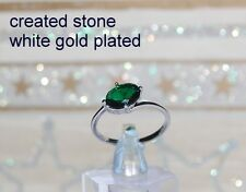 2ct single oval emerald  ring size N 7