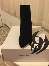 Freeshipping NWT Nine West Suede Black Gold Zipper Boots Mid Heel Size 7