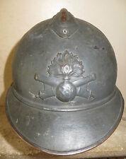Coque de casque ADRIAN de l' Artillerie modèle 1915, peinture bleu horizon.