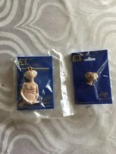 1982 E.T. Movie The Extra Terrestrial Pin New on Original Card  necklace pin lot