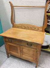 Antique Harpback Washstand Oak Dresser Arts Crafts Towel PIONEER FURNITURE CO.