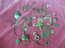 LARGE LOT OF 40'S, 50'S AND 60'S VINTAGE STERLING SILVER JEWLERY 9 + TROY OZ