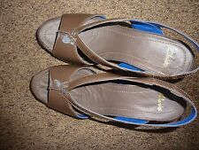 NEW Clarks Smokey Brown Pat Patent Strapy Sandals Ollow Web Size 5 1/2 D 39 UK