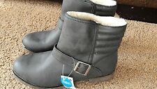 BNWT Ladies Black Boots size 7 fur lined