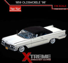 "SUNSTAR SS-5233 1:18 1959 OLDSMOBILE ""98"" CONVERTIBLE WHITE PLATINUM EDITION"