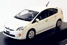 1:43 Toyota Prius blanco perla