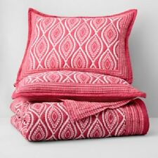 Bloomingdale's Jaipur Pink 3 PC Full Queen Quilt Coverlet Set    NIP
