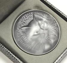 LALIQUE KITTEN CAT CHAT CLEAR FROSTED CYRSTAL DOMED CIRCLE PIN BROOCH PENDANT