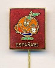 1982 FIFA WORLD CUP in Spain PIN BADGE Football Soccer Naranjito mascot ESPANA R