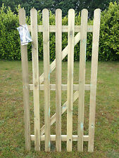 WOODEN PICKET GARDEN GATE HIGH QUALITY WOOD 3FT X 6FT - plus FREE HARDWARE