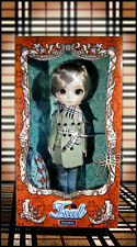Free shipping Doll Isul Duke I-900 Doll Groove Burberry Tartan Design Pullip