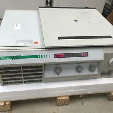 Sorvall RT7 RT-7 Refrigerated Tabletop Benchtop Centrifuge with Rotor