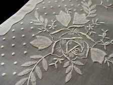 PRISTINE 16pc White Organdy Placemats Linen Napkins ROSES Hand Embroidered Vtg