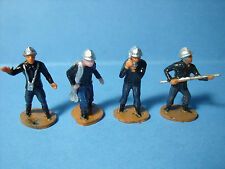 4  FIGURINES  1/50  SET 125  POMPIERS   VROOM  1/43   A  PEINDRE